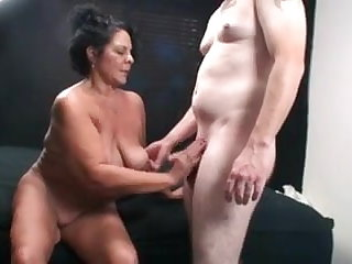 Cougars Hot older woman