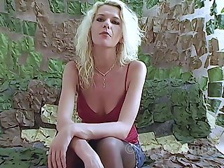 Agent Horny Milf Anna makes a sex confession