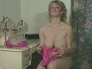 Debbie Quarrel