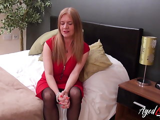 Indonesian AgedLovE Mature Fucked by Horny Handy Detective