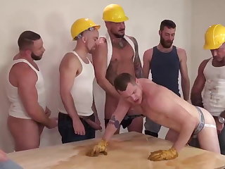 Bukkake Hard Hat Pigs 3 (ONLY FOR PISS FANS)