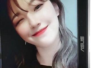 Pissing Fromis jiheon cum tribute