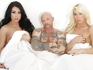 Blowjobs Trans Icon Buck Angel Fucks with Two TS Babes
